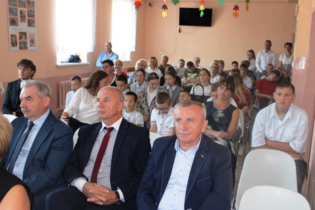 Rozpoczęcie roku szkolnego - Nowy bus_16