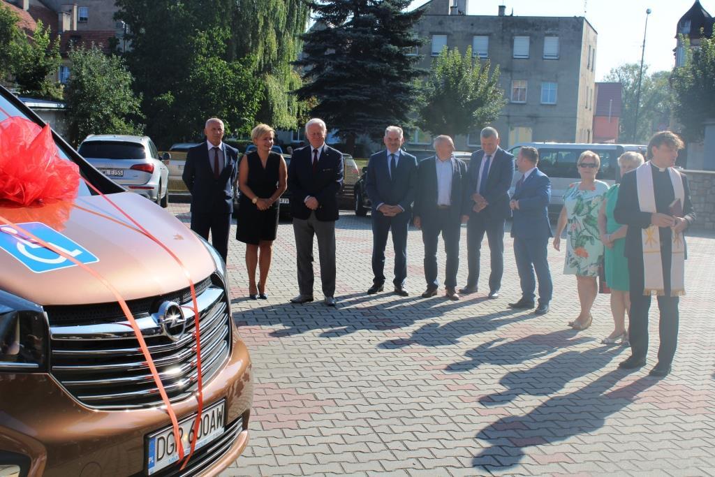 Rozpoczęcie roku szkolnego - Nowy bus_20