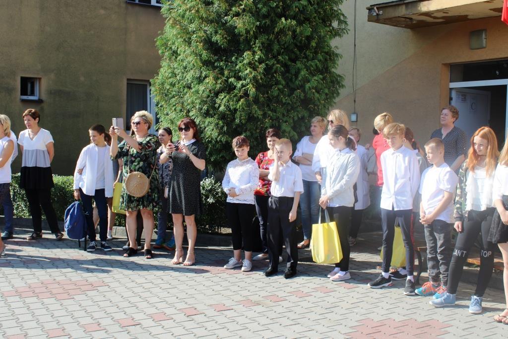Rozpoczęcie roku szkolnego - Nowy bus_22