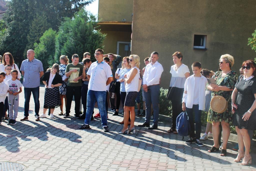 Rozpoczęcie roku szkolnego - Nowy bus_24