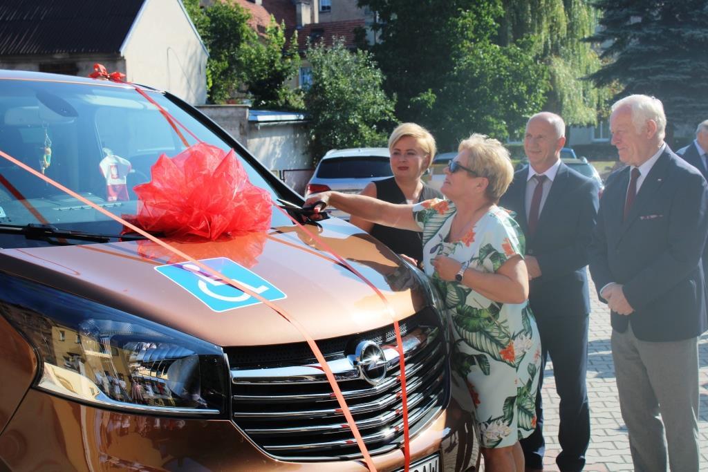 Rozpoczęcie roku szkolnego - Nowy bus_30