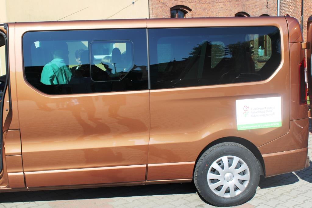 Rozpoczęcie roku szkolnego - Nowy bus_38