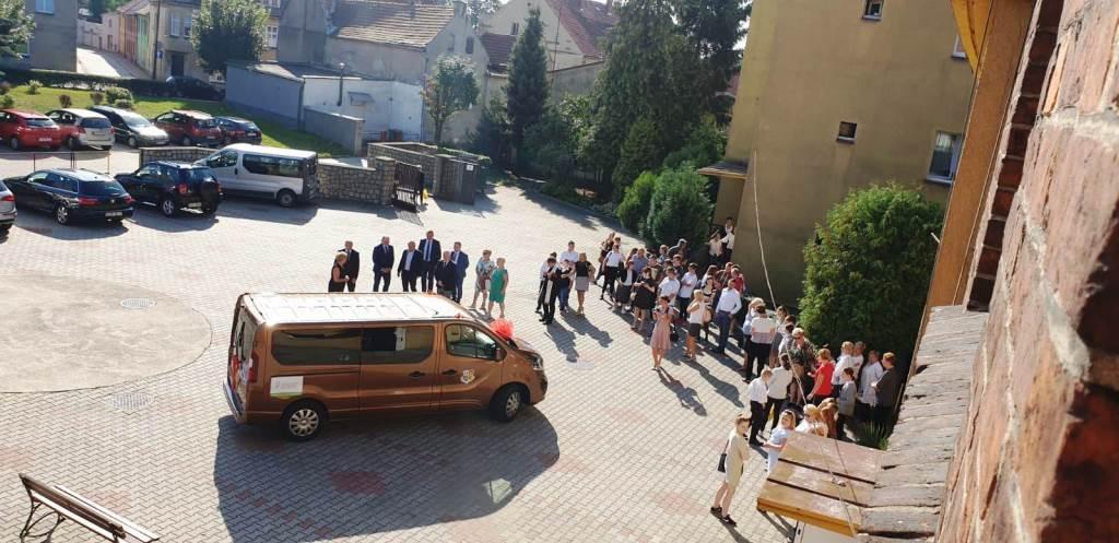 Rozpoczęcie roku szkolnego - Nowy bus_42